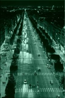 Tablou Paris - Champs Elysee, luminos in intuneric, 60 x 90 cm