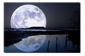 Canvas Wall Art Full moon in water, Glowing in the dark, 60 x 90 cm