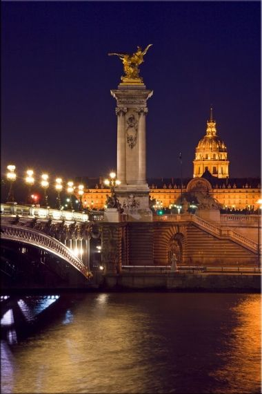 Tablou Paris - Pont Alexandre III, luminos in intuneric, 60 x 90 cm