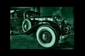 Canvas Wall Art Retro car, Glowing in the dark, 60 x 90 cm